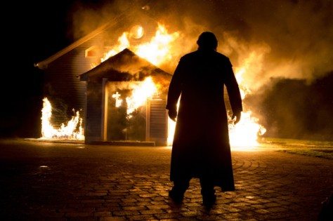 clairestbearestreviews_filmreview_calvary_brendangleeson_fire