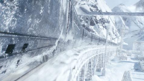 clairestbearestreviews_filmreview_snowpiercer_train