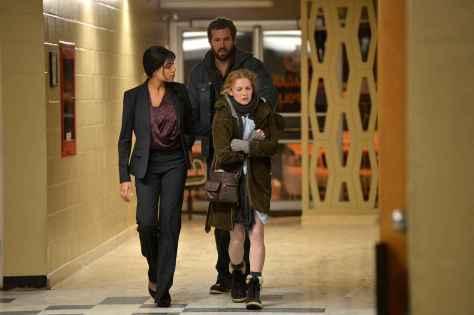 Rosario Dawson, Ryan Reynolds, & Mireille Enos
