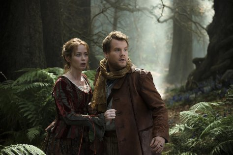 clairestbearestreviews_filmreview_intothewoods_emily_james