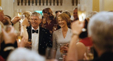 clairestbearestreviews_filmreview_45years_party