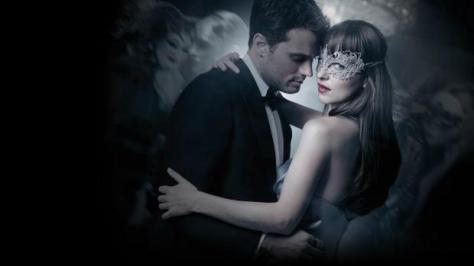 clairestbearestreviews_filmreview_fiftyshadesdarker_poster2