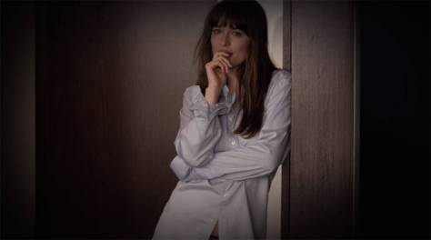 clairestbearestreviews_filmreview_fiftyshadesdarker_shirt